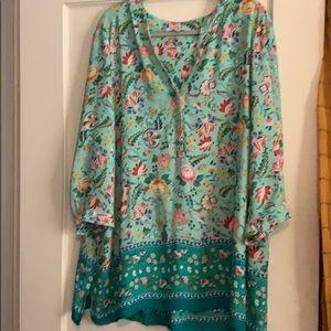 Beautiful floral tunic.